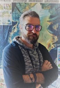 Алексей Аникаев - зоопсихолог, научный сотрудник лаборатории биологии приматов Научно-исследовательского института медицинской приматологии РАМН.