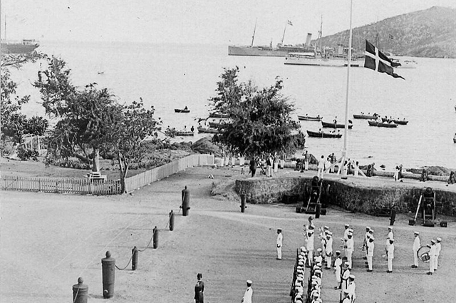 Спуск датского флага на острове Санта-Крус, 31 марта 1917 г.