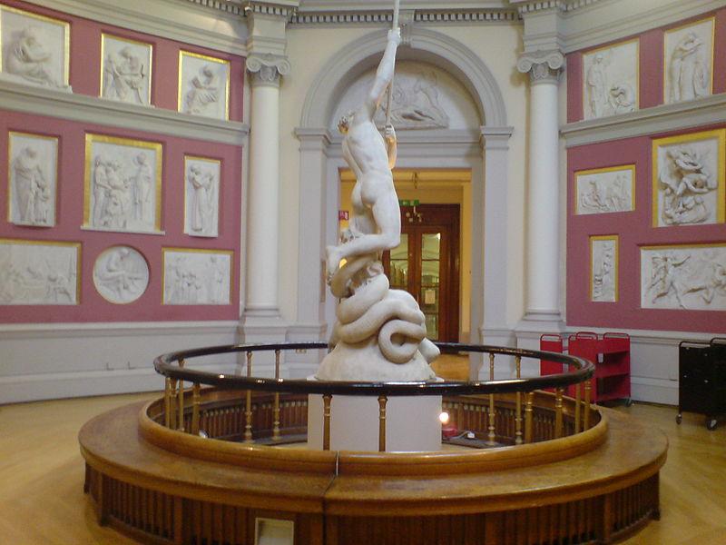 Галерея Джона Флаксмана в главной библиотеке Университетского колледжа Лондона в здании восьмиугольника