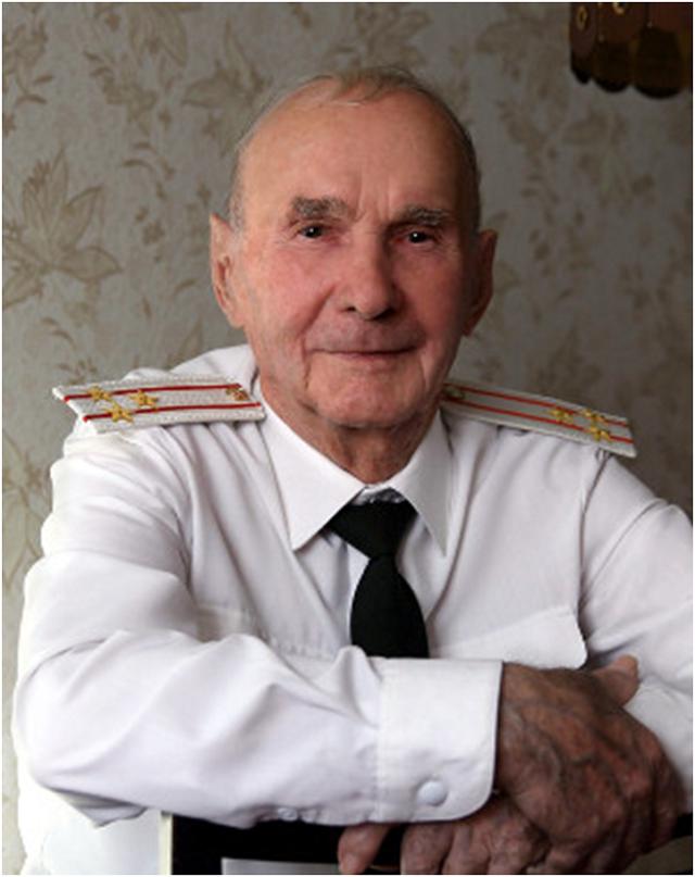 Звёздный День РВСН 2019, мемориальная доска Павлу Паршину