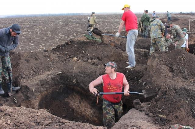Бойцы отряда «Родник» в Шолоховском районе.
