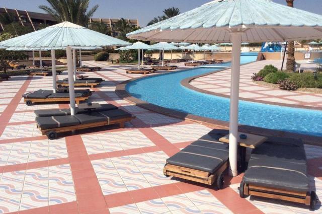 После запрета полетов в Египет курорт опустел.