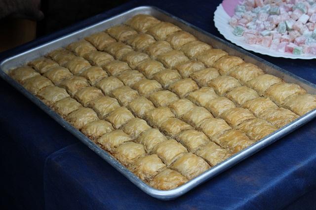 Дома можно сделать пахлаву не хуже, чем в лавке восточных сладостей.