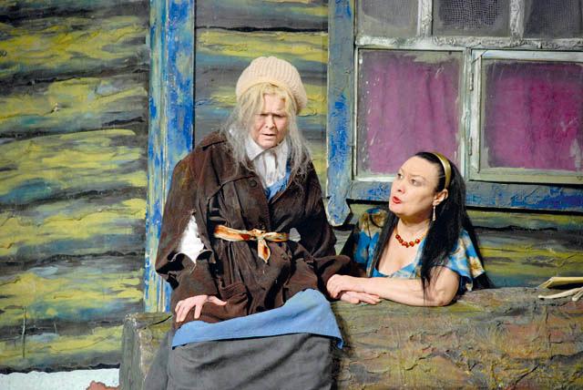 Тинчуринский театр поставил «Одну каплю любви» по повести  Набиры Гиматдиновой.