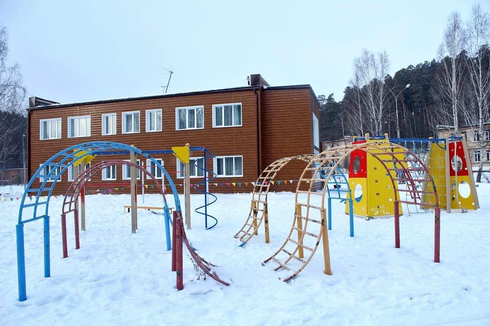 Игровые площадки доступны и зимой, и летом.