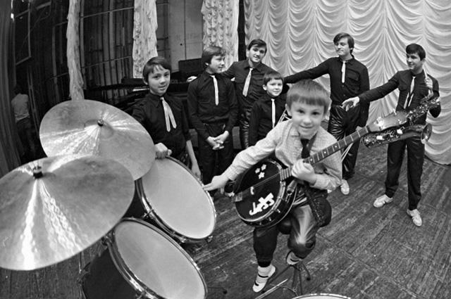 Самодеятельный оркестр братьев Овечкиных
