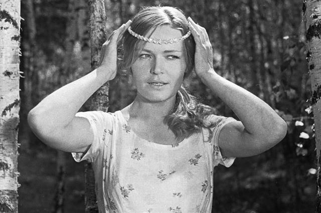 Людмила Чурсина вроли Дарьи вфильме «Донская повесть». 1968 год.