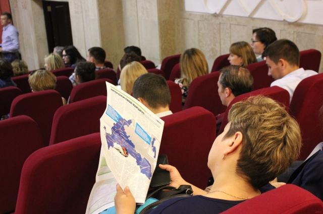 В слушаниях в Казани поучаствовали около 300 человек.