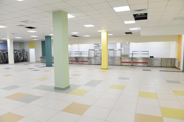 В новой школе в Брусилово идёт внутренняя отделка.