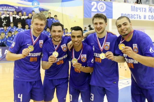 Дмитрий Лысков, Владислав Шаяхметов, Робиньо, Данил Давыдов и Эдер Лима после награждения.