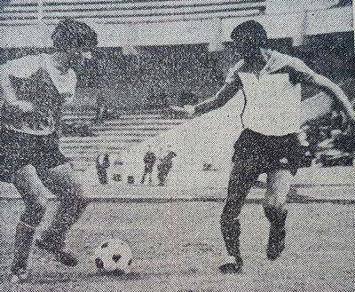 Гарник Авалян (слева)