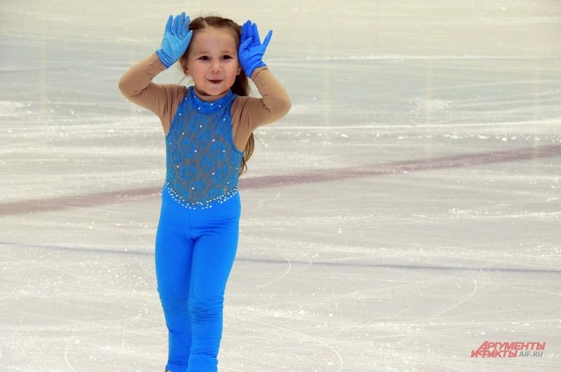 Девочка уже выступает на соревнованиях