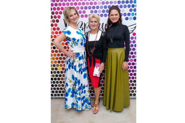 Мария Точилина, Людмила Воронова, Инесса Холоденина (слева направо)