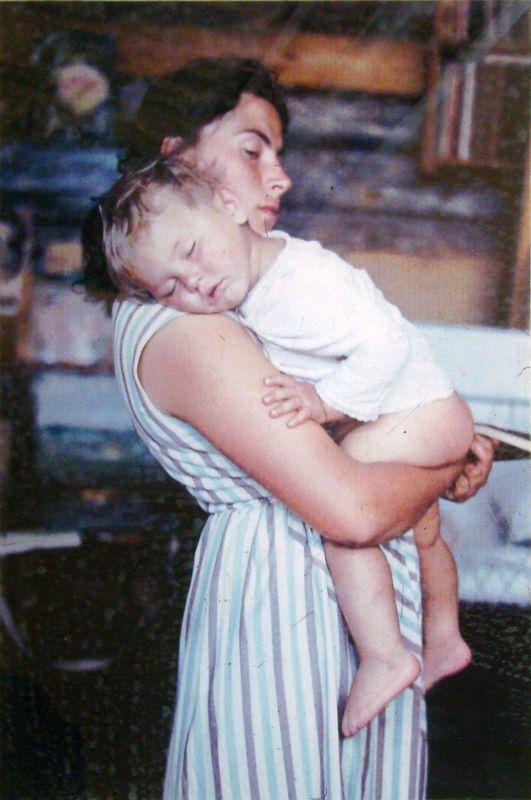 Елена Николаевна с сыном Коленькой
