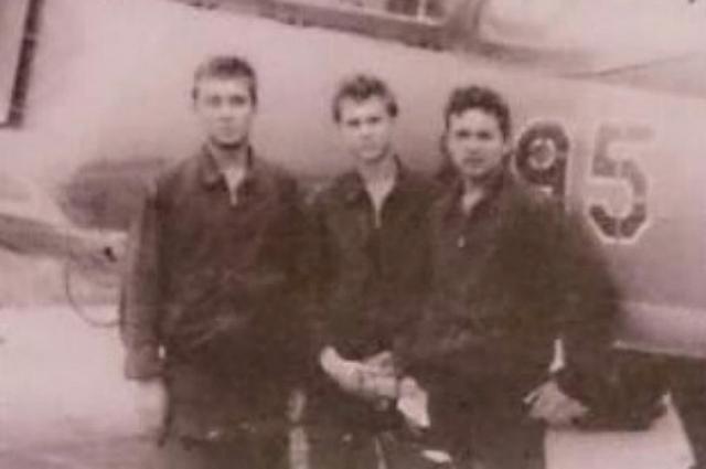 За месяц до происшествия Сергей Пантелюк, военный лётчик 3-го класса, был награждён орденом Красной Звезды.