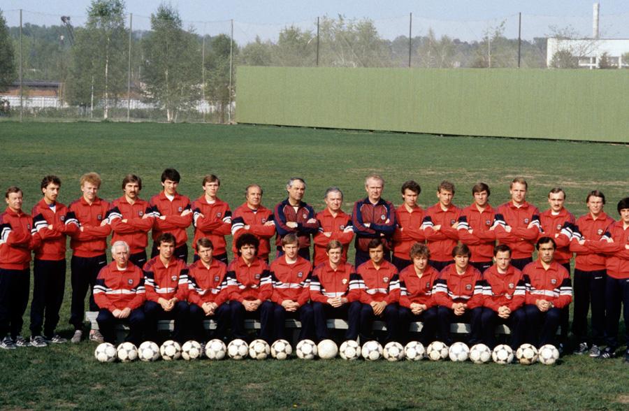 Сборная команда СССР по футболу 1986 года.