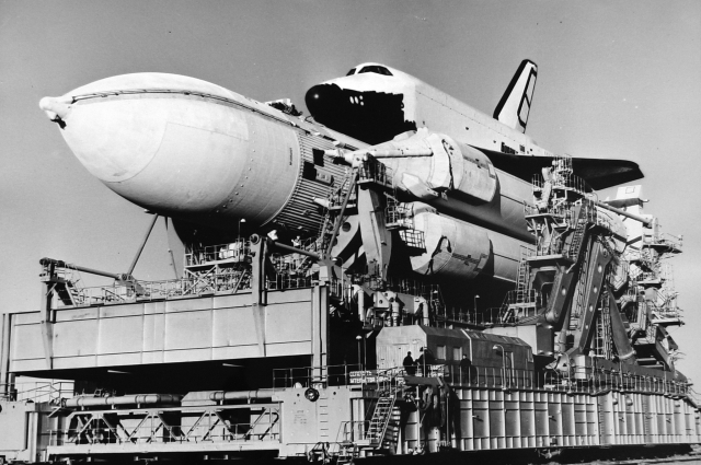 Космический корабль-космоплан системы «БУРАН» - мощь и величие  нашей страны.
