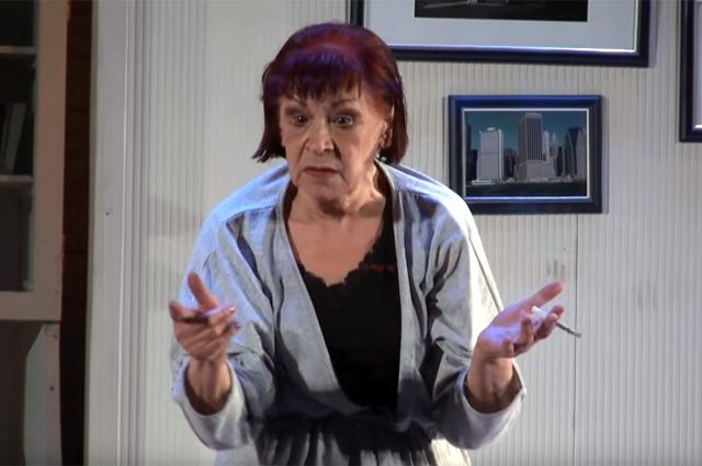 Марина Меримсон в спектакле «Август. Округ Осейдж».