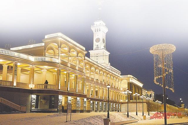 После реставрации Северный речной вокзал может принимать до 24 судов каждый день.