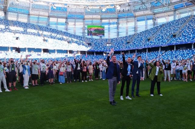 Участники хакатона собрались на футбольном стадионе «Нижний Новгород».
