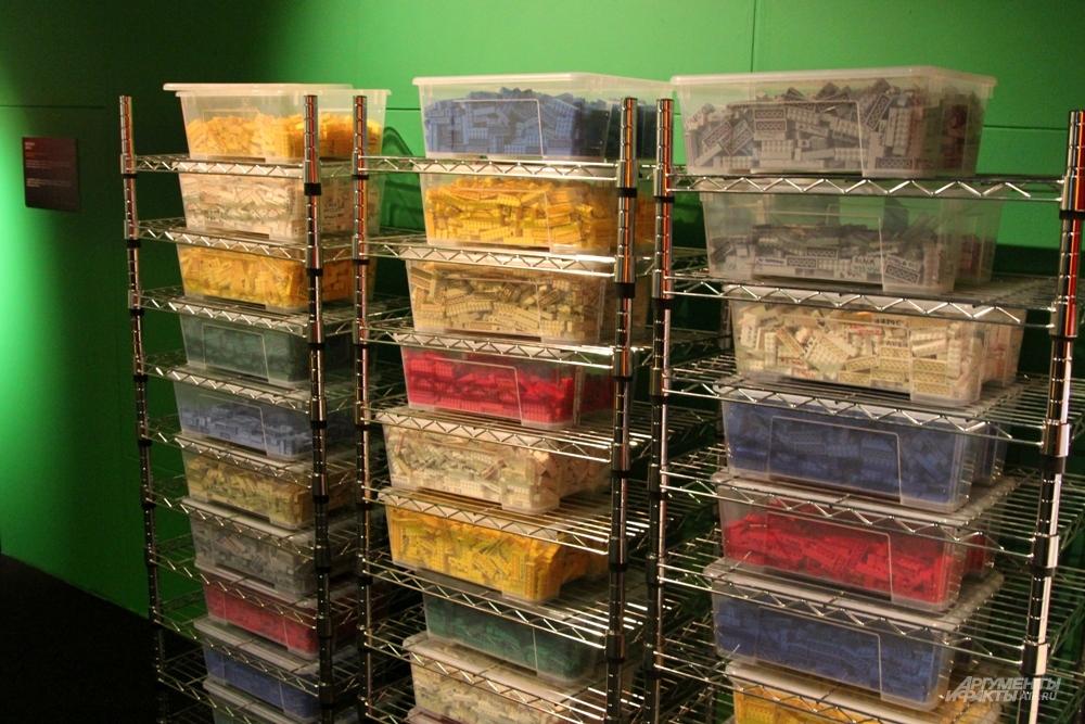 Контейнеры для хранения Lego
