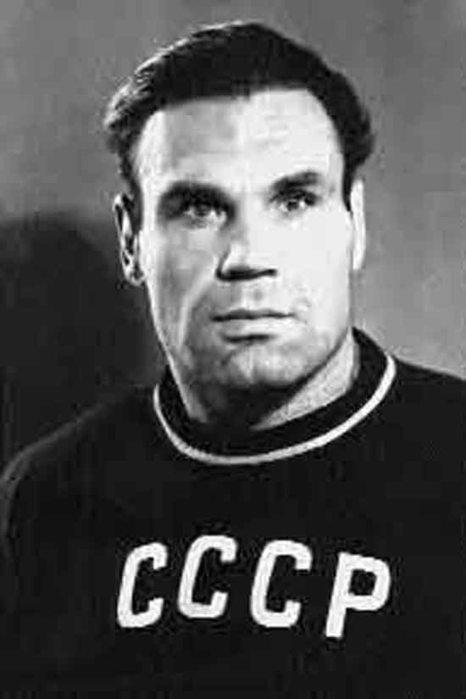 Анатолий Парфёнов.