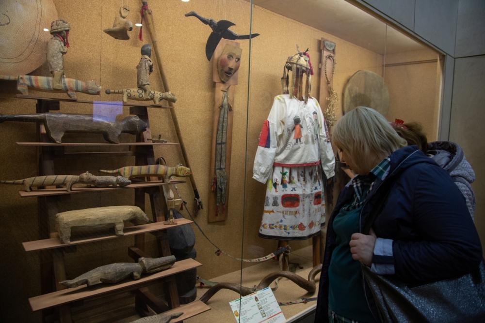Древние куклы и предметы - загадочный привет из прошлого.