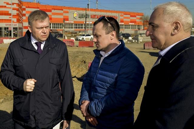 Алексей Дёмкин проверил ход реконструкции улицы.