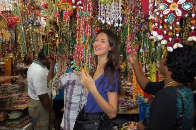 Елена Зотова во время одной из рабочих поездок в Азию.