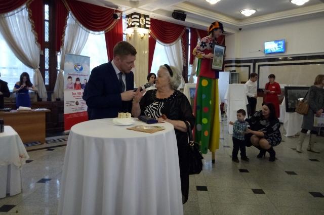 Гость Дня мецената призналась, что занимается благотворительностью уже более 20 лет.