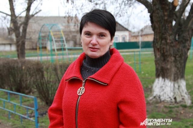 Лариса Куцевол работает в сельской администрации и держит двух коров.