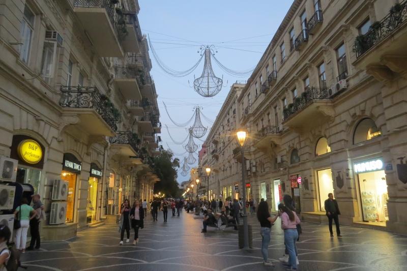 Улица Торговая в Баку (Азербайджан)