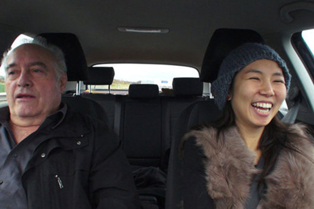 Кадр из фильма Кто учил тебя водить?