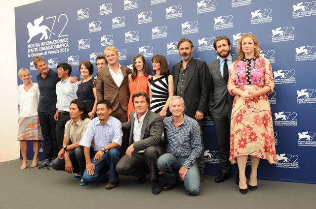 Съёмочная команда фильма «Эверест» на Венецианском кинофестивале.
