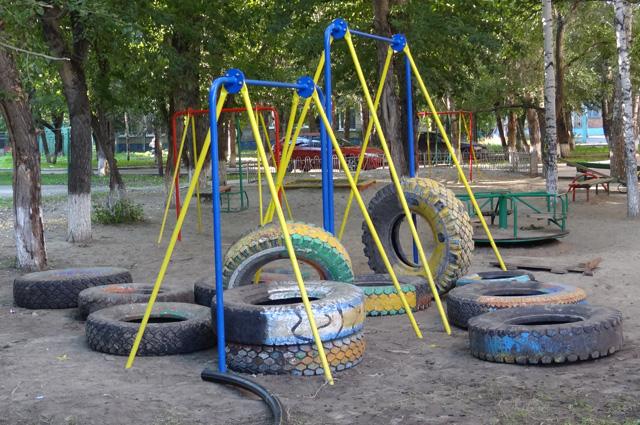 Большинство детских площадок в пензенских дворах находится в плачевном состоянии.