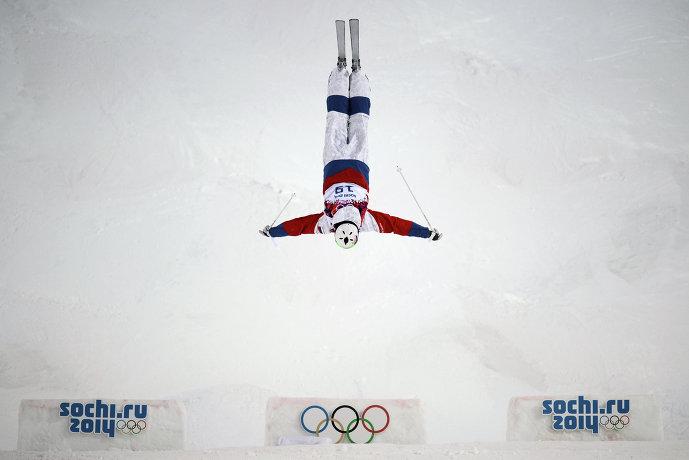 Екатерина Столярова (Россия) в квалификации могула на соревнованиях по фристайлу среди женщин на XXII зимних Олимпийских играх в Сочи