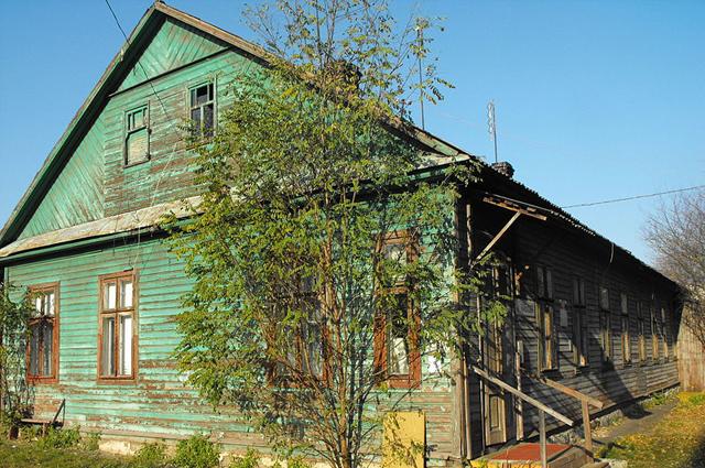 Дом № 87 на улице Куйбышева (построен в 1925 году) — один из сохранившихся домов центра Брестского гетто.