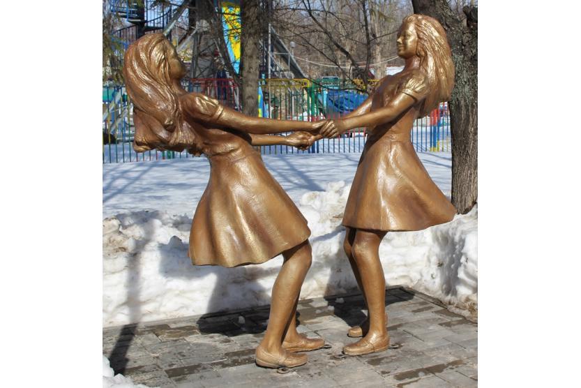 скульптура девочек