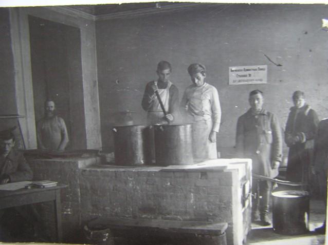 Кухня столовой АРА.