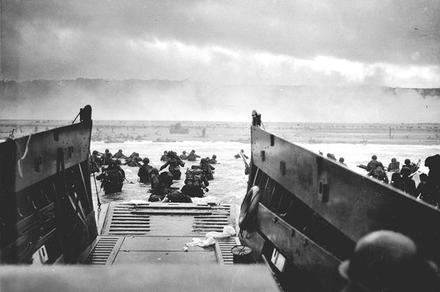 Высадка войск первого эшелона. Сектор «Омаха», 6 июня 1944.