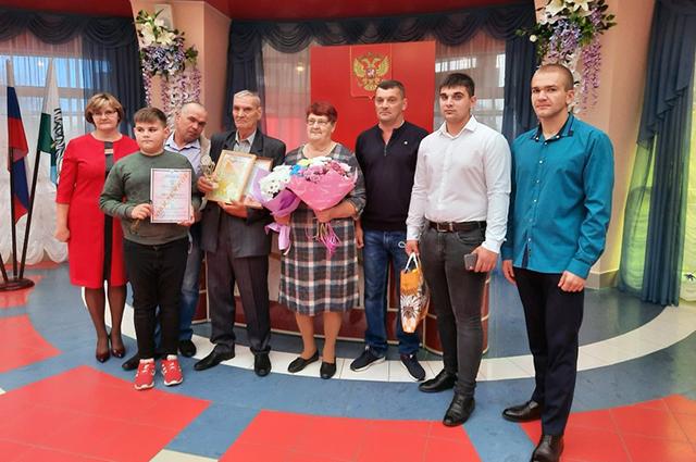 Семья Корякиных в сборе.