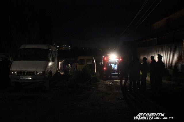 Взрыв произошел в частном гараже около пункта приема металлолома на улице Дачной.