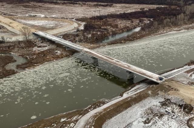 285-метровый мост через Кию дорожники возвели в 2019 г.