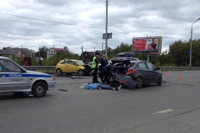 Водитель Hyundai погиб на месте аварии.