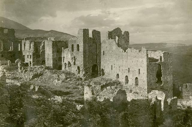 Н.И. Брунов. Дворец Палеологов. Греция, Мистра. 1924