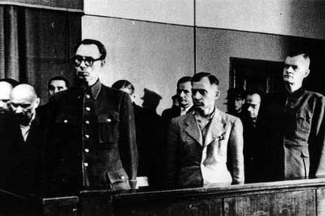 Суд над генералом Власовым.
