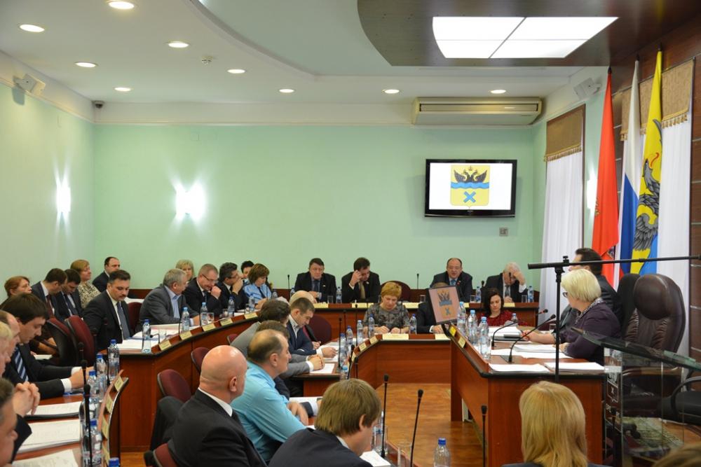 В Оренбургском горсовете вновь собрались постоянные депутатские комитеты.