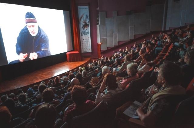 «Пусть на документальное кино придёт 300-400 человек, но какая-то душевная работа произойдёт».