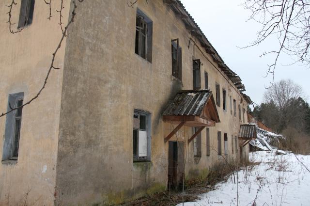 В начале века в бараках жили около 200 человек.