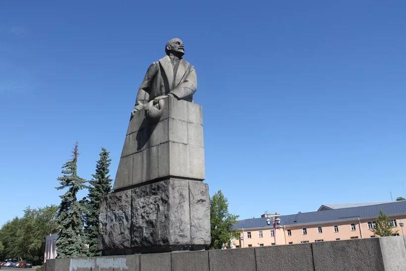 Ленин в Петрозаводске